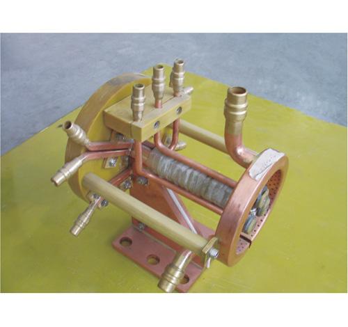 内孔加热外形喷水冷却感应器(1)